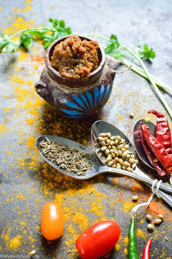 Indian basic curry paste