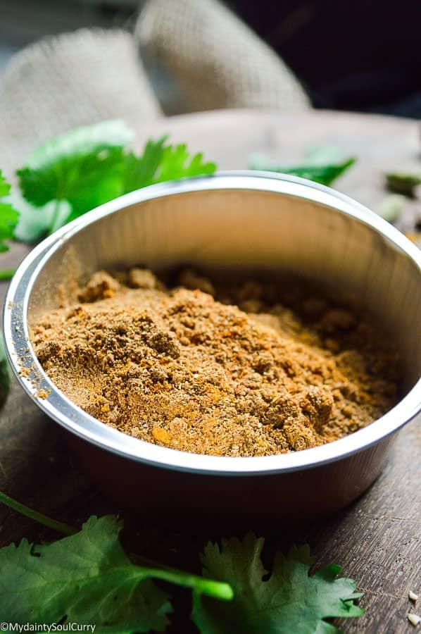 DIY Indian curry powder