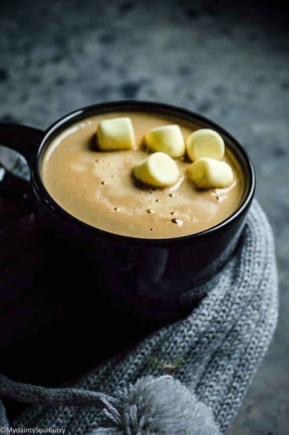vegan gingerbread latte