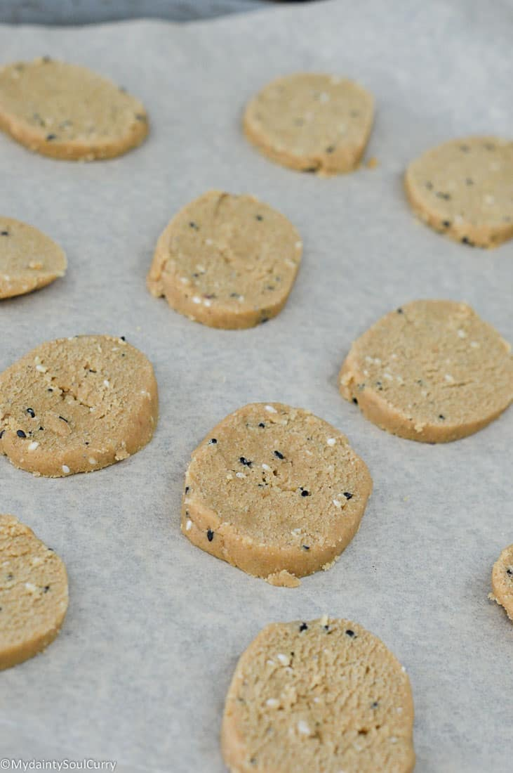 Indian sesame cookies