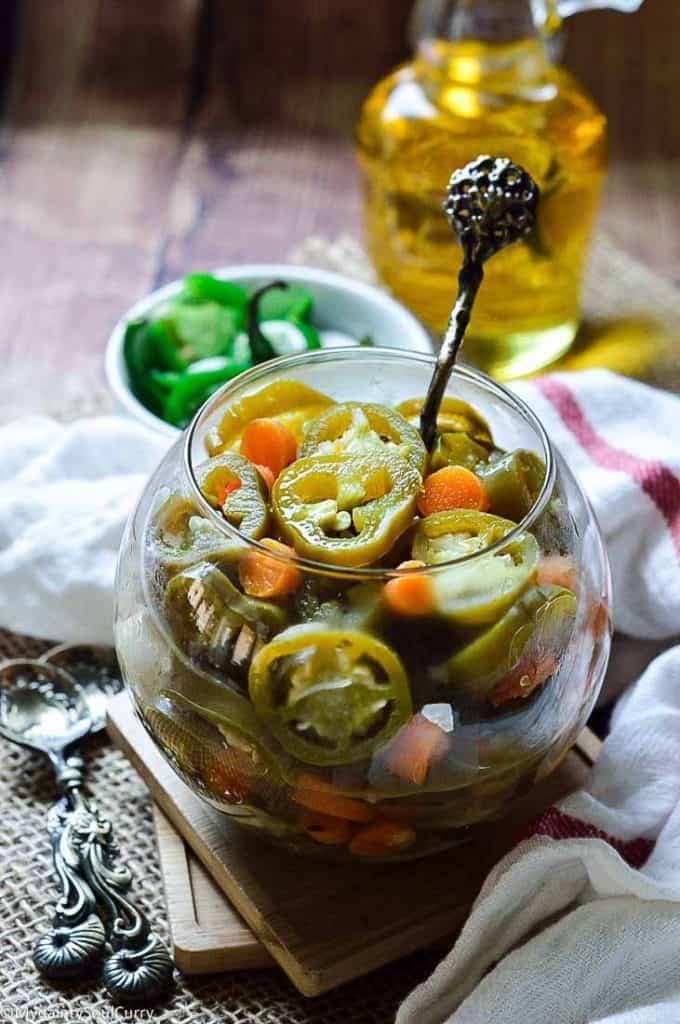 Easy ways to make Pickled Jalapenos