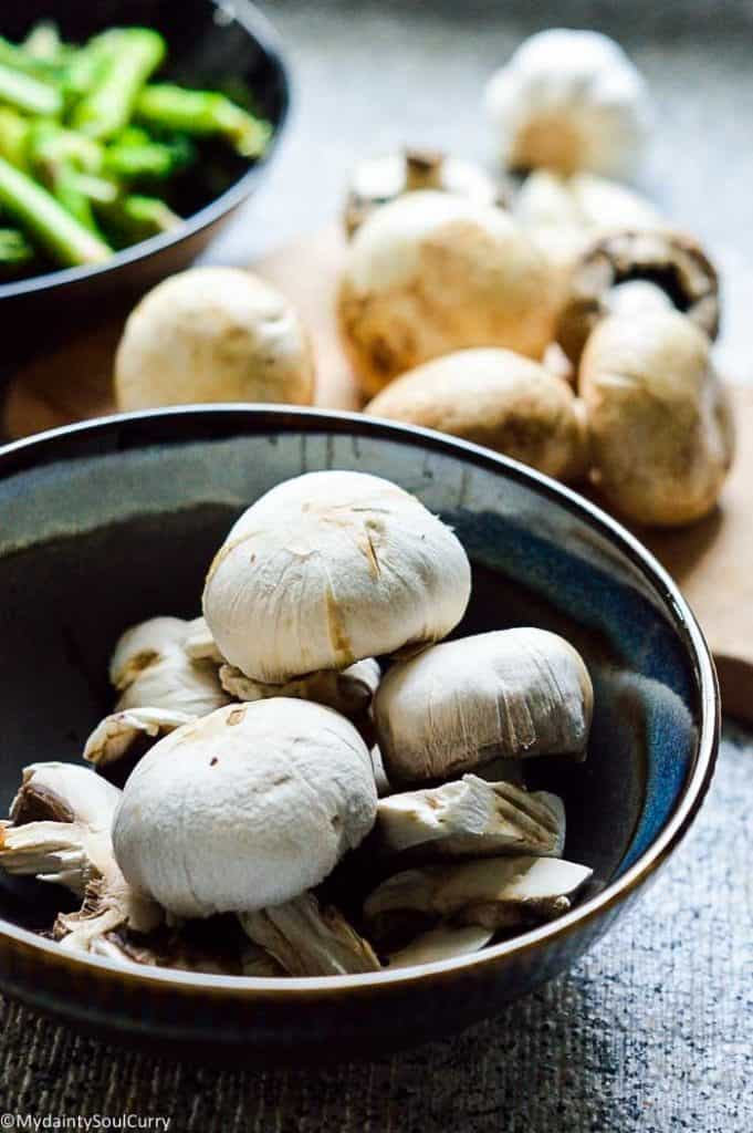 cleaned and peeled mushrooms