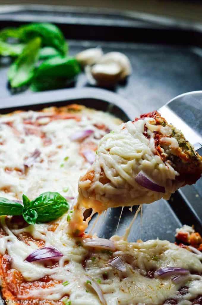Keto cauliflower pizza recipe