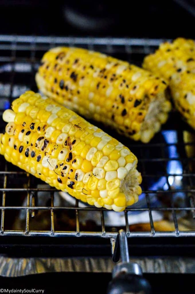 Grilled corn on gas stove