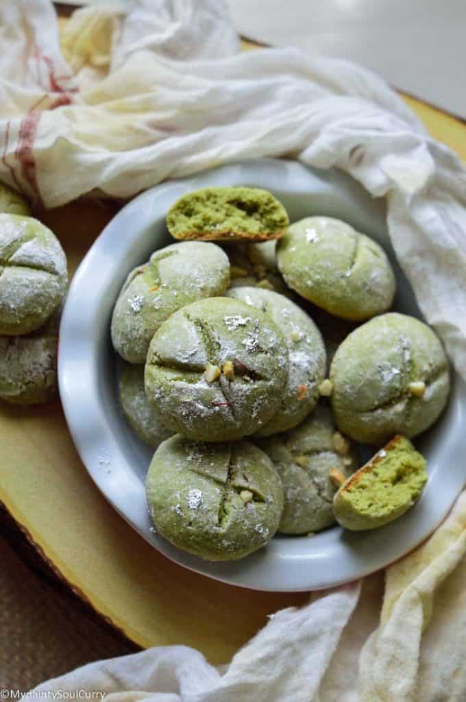 Indian cookies with pistachios and cardamom