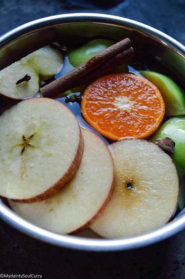 Apple cider in making