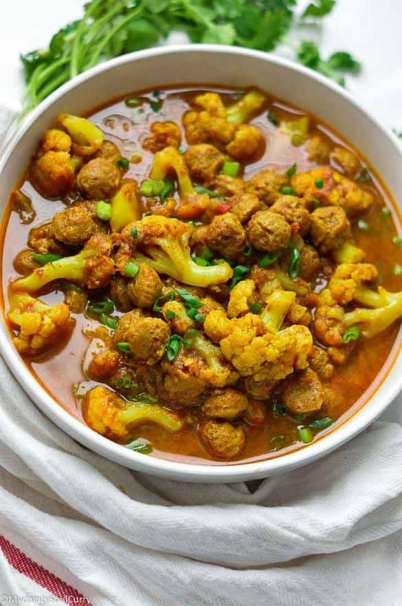 Vegan nutrella Soya chunks curry