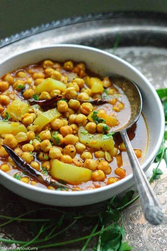 Lauki Chana curry