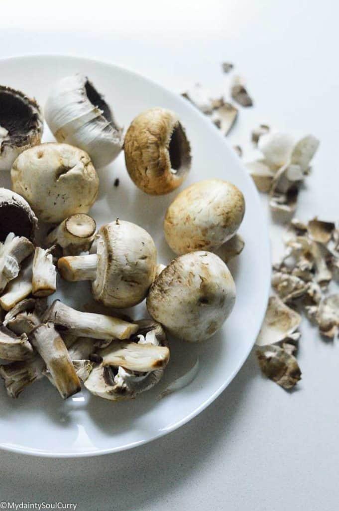Peeling and cleaning mushrooms