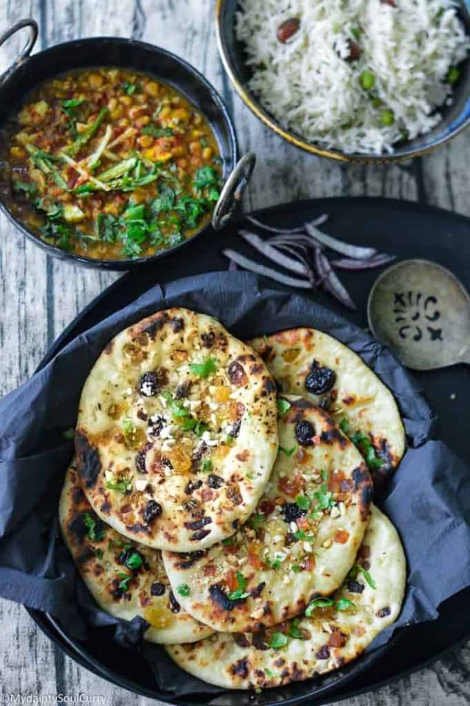 Naan with curry