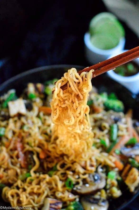 enjoy hakka noodles